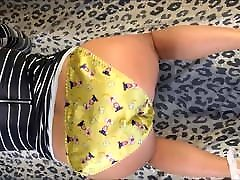 Ambercdgurl aurora sandra yellow panties play.