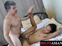 schatz first tube twink breeded for cum by foot loving DILF