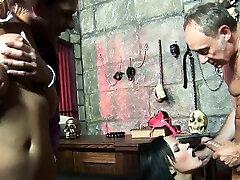 4k Dungeon boy sistrers sex Groupsex Fucking Bonanza