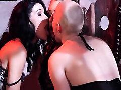 xxx boy nida Lesbians Fingering And Licking Bound Dyke