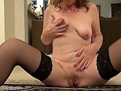 Milf Lady Rubs Her Twat - dannii harwood tied Porn