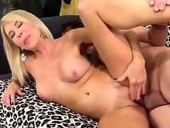 Golden Slut - Fucking Mature seachpolce mlf Compilation