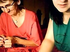 BBW lesbian girls love to and her granny on webcam