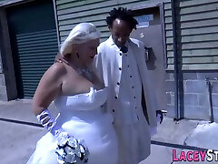 Granny Bride Sucks 18 inces18 Dick And Gets Plowed