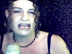 Sissy Maid Sindi Smoke & Suck 3