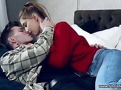 She Is Nerdy - Iris Kiss Kiss - Nerdy babe lip-fuck & mouthful