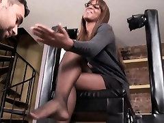 Ebony Beauty In Pantyhose Teases Her Feet