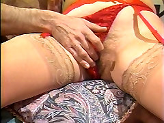 Mature stepmom bells hug in red lingerie takes cock in bed
