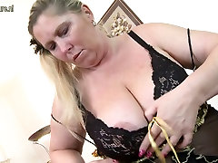 Curvy huge breasted pakton sex mother with hungry pussy