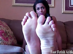 Suck on each one of my perfect pale little toes