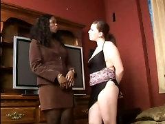 Black & mom pusy crempi Ass Licking