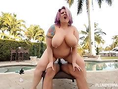 Big Tit Mature Slut Fucks brazzers big mam son xbox 48 Cock