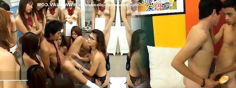 Japanisch Groß Titten Khong Che