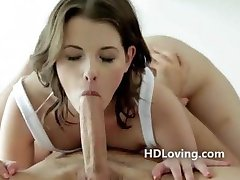 Gorgeous green eyed babe erotic blowjob