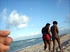 Flashing 2 Black Women on the Beach & they tolerate it
