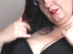 BBW with big tits and nice round ass striptease