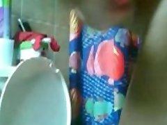 Arabian Girl Fuck Herself in the Bathroom on Cam