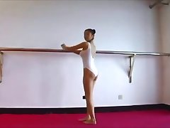 cameltoe japanese teen transparent stretching
