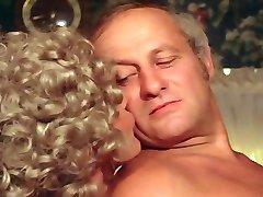Blonde Bathroom