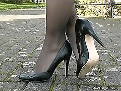 Whenever Iona appears on video she always likes you to enjoy her shoe by looking at it close up...