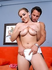 Teen with a fat camel toe and big tits loves fucking thick man poles
