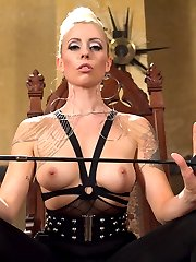 Mistress Lorelei Lee is sex in heels. Her beauty is devastating and new slave sausage Artemis...