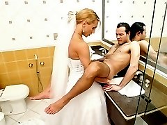 Hot shemale bride shoving her rocky pole into tight ass of her eager fianc233
