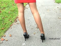 Walking with a lady who wears high heels is always a sexual experience, and with Claire in her high heel bow shoes your fetish will at first rise and then pulse with every tap of her high stiletto! She would love you to touch it as a mark of your appreciation for her