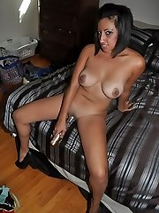 Latina floozy Renee L. showcases her Latina ass and pussy as she plays with dildo and drills her gash