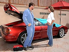 Super hot perfect ass slender babe masterbates while watching the mechanic work on her car then gets drilled hard in these hard pounding little titty fucking vids