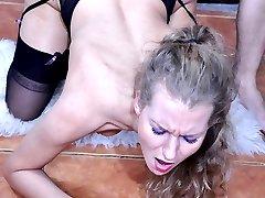 Dolled-up blonde gets her black seamed stockings jizzed after hard slamming