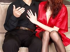 Boring reading ends up in steaming hot deep throat nylon games with spicy damsel