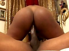 Pony tailed brunette Monica showing her bubble butt