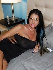 Nadia Night Hand-job Quickie - Cougar and Mature Handjob Videos Over 40 Handjobs