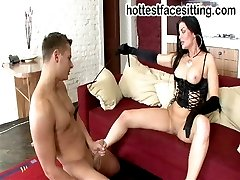 Mistress Yana found a good slave for her nice pussy