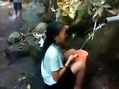 Indonesia chica al aire libre, la naturaleza de la ducha