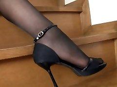 Chica Japonesa Black Pantyhose
