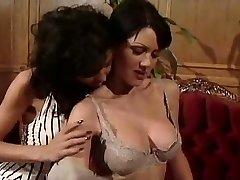 Jeanna Fine ja Anna Malle Lesbi Stseen