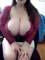 Wild amateur BBWs flashing breasts and pussy