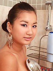 Hairy Asian Babe Lathers Up