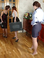 Filthy police woman thoroughly examining pantyhosed chicks before lez orgy