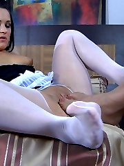 Smart lady gets her nyloned feet worshipped in 69 for intense foot fucking