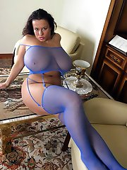 Amateur in Stockings gall
