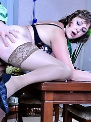 Older seamstress tricks a stud into blowjob foreplay before raw cooter banging