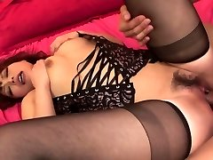 Lady in hot black lingerie has threesome for creampie finish