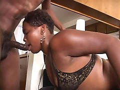 Curvy black chick sucks and gets banged