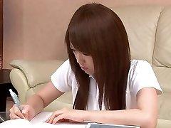Sexy Asian student miluje hrát s její kundička