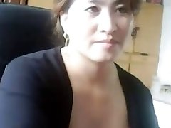 Chinese mother i'd like to fuck plays and receives caught