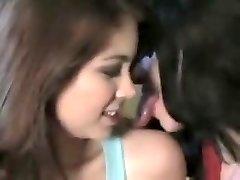 dlhý jazyk bozkávanie dievčatá