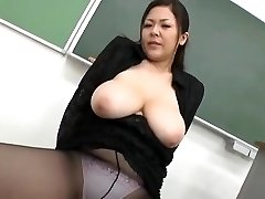 Yuki Sakurai - Sexy Japanischen Lehrer